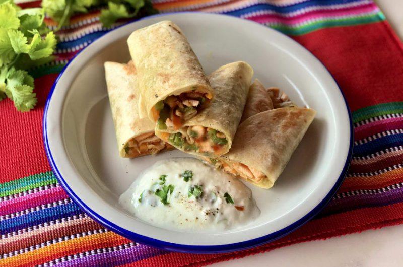 Burrito's gevuld met paprika en soja